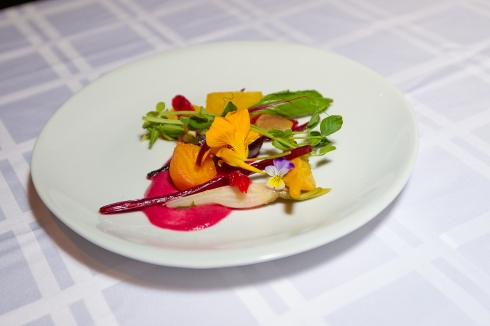 Salade de betteraves du chef Armand Arnal, crédit photo FPAQ